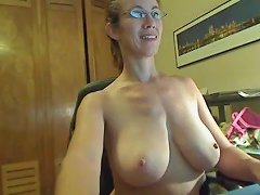 Big Tits And Glasses On Cam