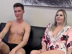 Stepmom Stepson Affair 100 Watching Porn With Mom